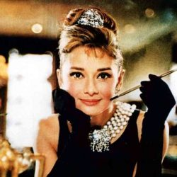 audrey-hepburn-dress-in-breakfast-at-tiffanys